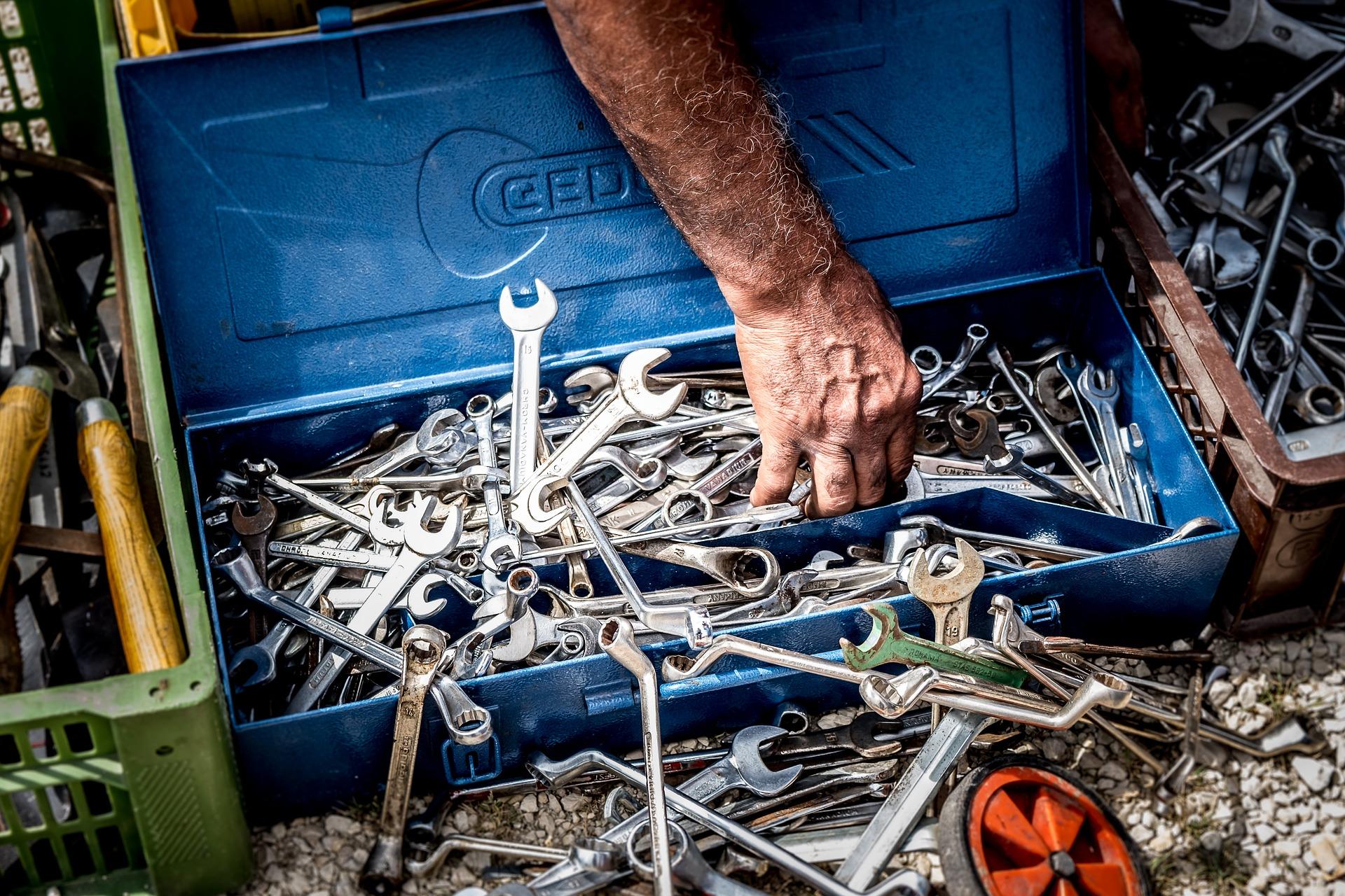 tool-3493486_1920